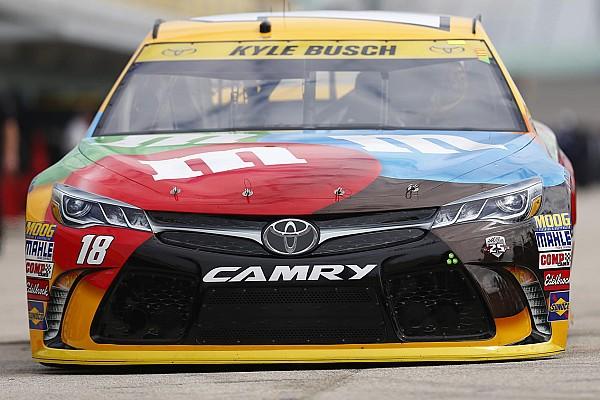 NASCAR Cup Toyota obtiene su primer título de fabricante en NASCAR