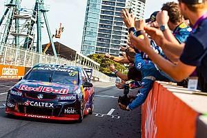 Supercars Rennbericht Supercars-Champion Shane van Gisbergen gewinnt Saisonfinale in Sydney