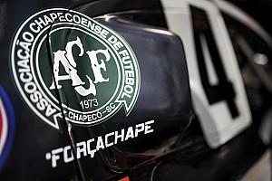 Stock Car Brasil Noticias Equipos y pilotos honran al equipo Chapecoense
