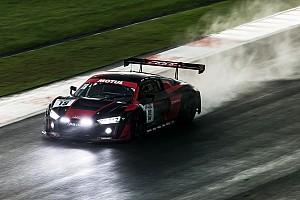 Endurance Gara 12 Ore di Sepang: Haase, Frijns e Vanthoor centrano il successo sotto la pioggia