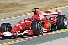 Valentino Rossi 10 éve tesztelt a Ferrarinak: 7 tizedre volt Schumachertől