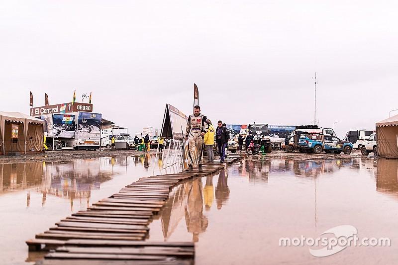 Marathonrit Dakar gehalveerd door noodweer