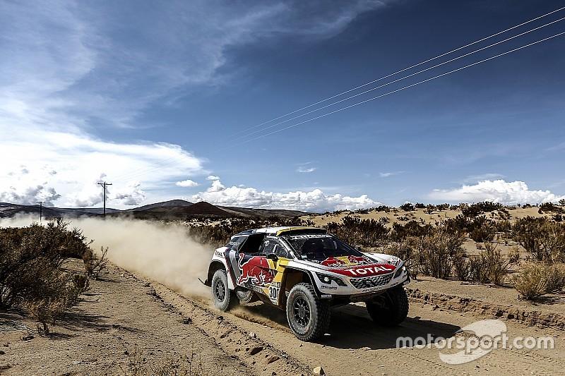 Peterhansel aguanta a Loeb en su terreno y acaricia su 13º Dakar