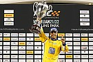 Montoya gana la Carrera de Campeones en su debut