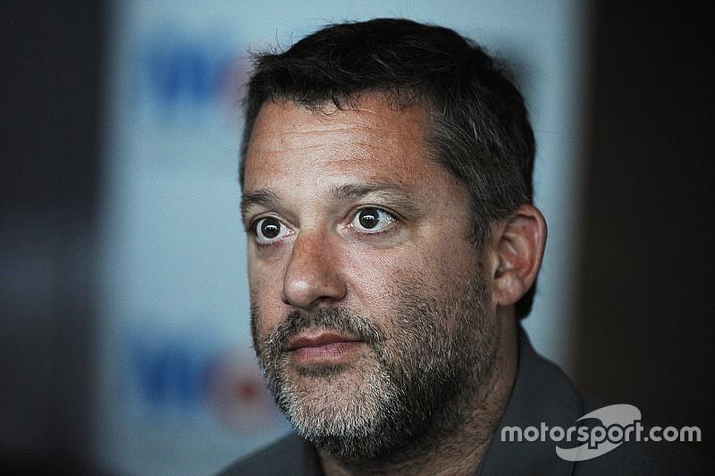 Tony Stewart se une a Schmidt Peterson para Indy 500