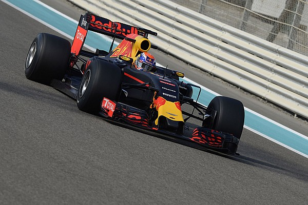 Verstappen reed al met RB13 in simulator: