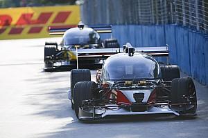 RoboRace Nieuws Roborace schrijft geschiedenis: eerste race tussen twee zelfrijdende prototypen