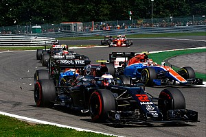 Формула 1 Новость Хорнер призвал сделать Ф1 похожей на гонки колесниц