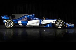 BRÉKING: pályára gurult a 2017-es F1-es Sauber (VIDEÓ)