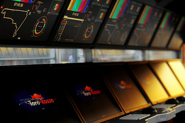 Formula 1 Ultime notizie Toro Rosso STR12: interrotto il filming day di Misano per un guaio all'ERS