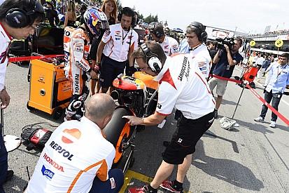 Keine kurzen Hosen mehr in der MotoGP-Startaufstellung?