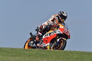 MotoGP Actualités Márquez chute avec la Honda munie du nouveau carénage