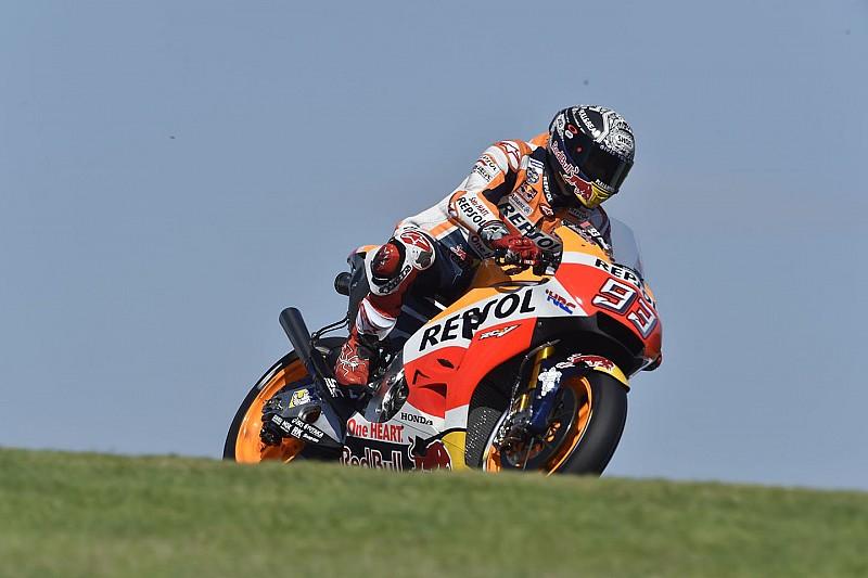 Márquez chute avec la Honda munie du nouveau carénage