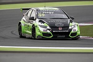 WTCC BRÉKING Nagy Dániel lesz Aurélien Panis csapattársa a Zengő Motorsportnál