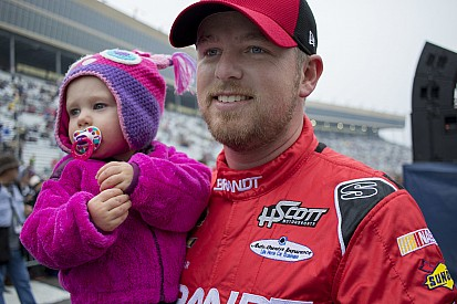 Family kept Justin Allgaier going when winning didn't