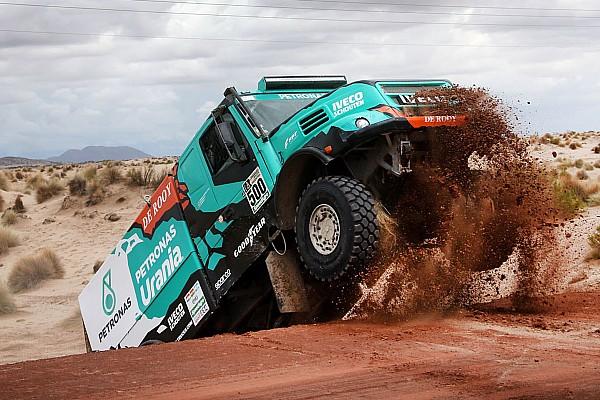 De Rooy no irá al Dakar 2018; Villagra confirmado en su equipo