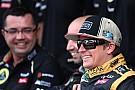 Pérez őrült menete és Räikkönen nagy mentése