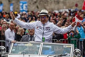 """Le Mans Últimas notícias Jackie Chan comemora vitória em Le Mans: """"Parece um Oscar"""""""
