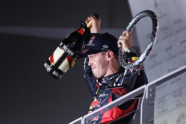 Vettel másodszor nyer Szingapúrban és kapaszkodik összetettben