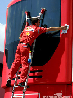 Cleaning the Ferrari motorhome