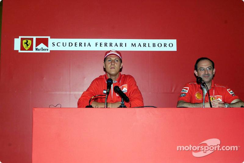 Conferencia de prensa Marlboro: Michael Schumacher y Claudio Berro
