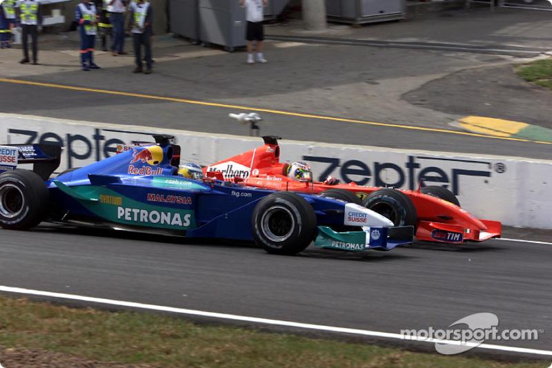 2001, Гран Прі Бразилії - третій