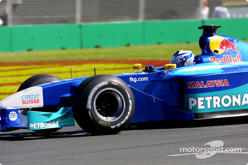 Kimi Raikkonen in his first GP with Sauber at the 2001 Australian GP.