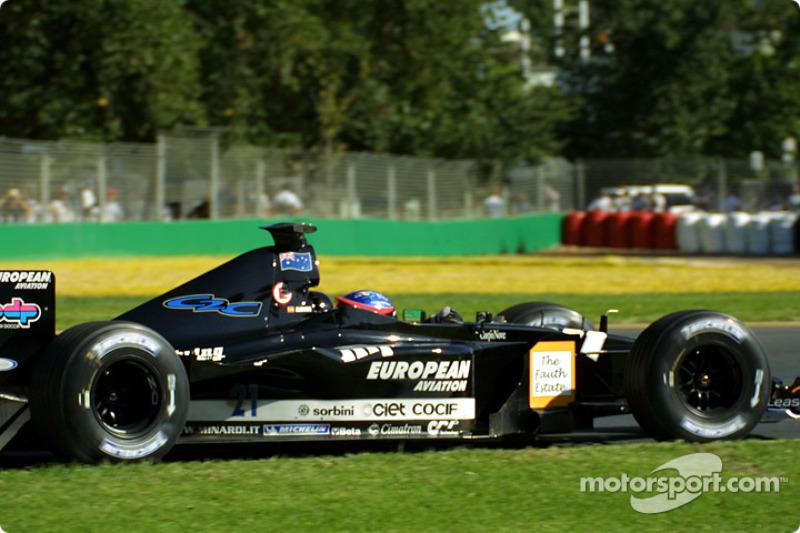 GP da Austrália 2001 – Aos 20 anos, o Alonso chegou à F1 pelo time mais fraco do grid: a Minardi. Seu primeiro ano foi discreto, mas Fernando era preparado por seu empresário, Flavio Briatore, para alçar voos maiores nos anos seguintes.