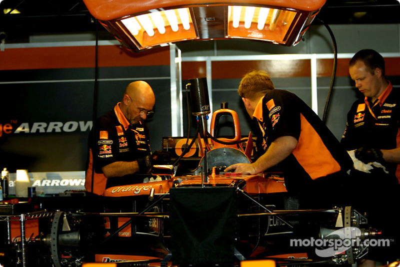 Before the race: working on the Arrows
