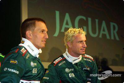 Présentation de la Jaguar Racing R2 au Jaguar Engineering Centre