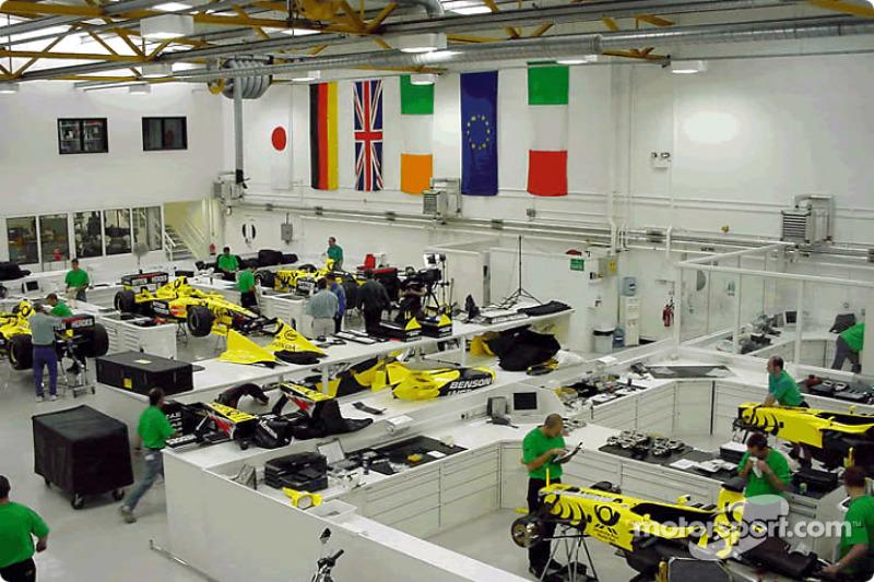Silverstone-based Jordan getting ready for the British GP