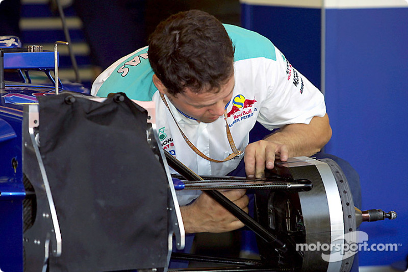 Precision work at Sauber