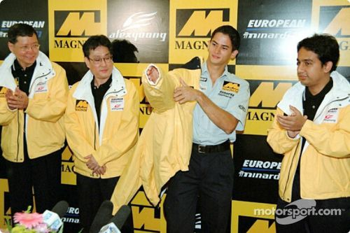Alex Yoong F1 presentation