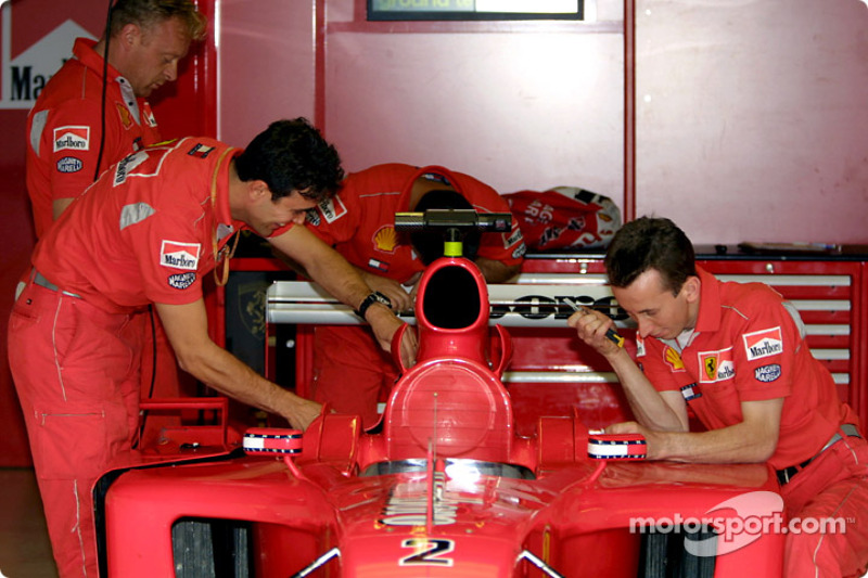 Team Ferrari getting ready for the weekend