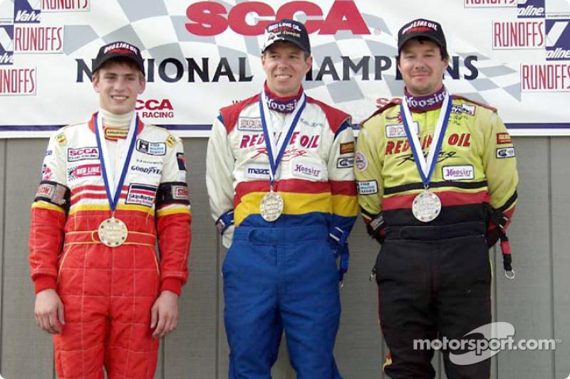 Course 11, Formula Mazda le podium: le Champion National Keith Roberts, le 2ème Kevin Roberts et le 3ème Jamie Bach