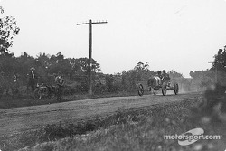 The Elgin, Ill., Road Race, 1911: Frank Kulick (32) finished second in the light car class with his Model T racer