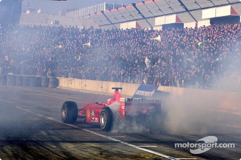 Luca Badoer smoking the tires