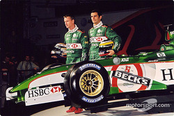 Eddie Irvine and Pedro de la Rosa and the new Jaguar R3