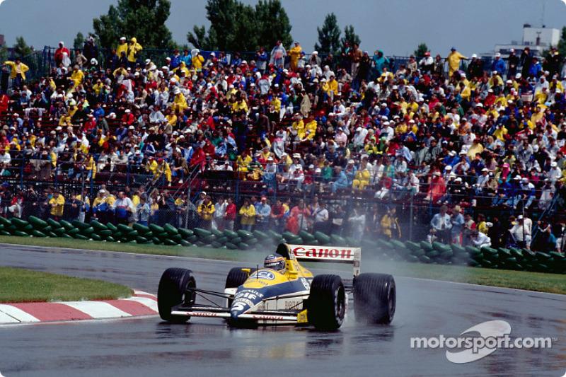 Thierry Boutsen en un Williams-Renault