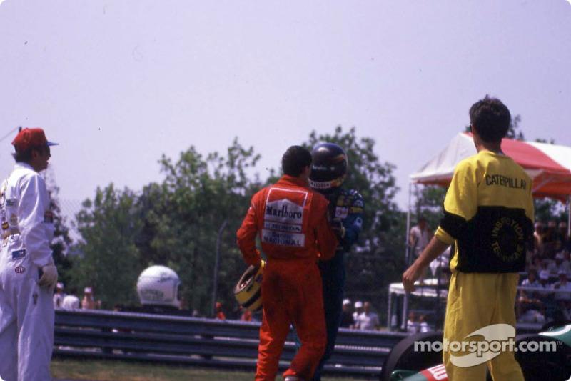 Après la course : Ayrton Senna et Thierry Boutsen