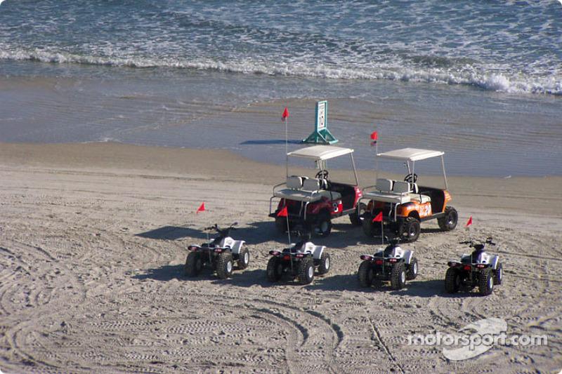 Dale Earnhardt Jr et Tony Stewart à Daytona Beach