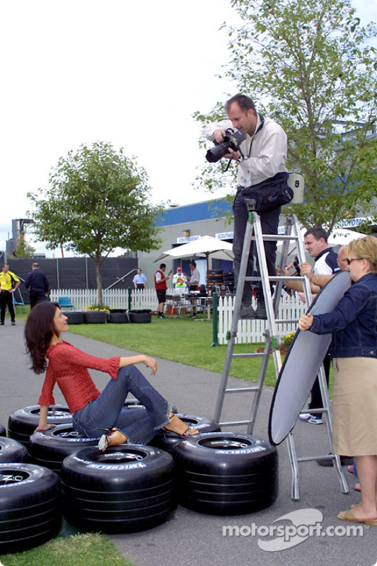 Photo shoot, or the dangerous life of a racing photographer
