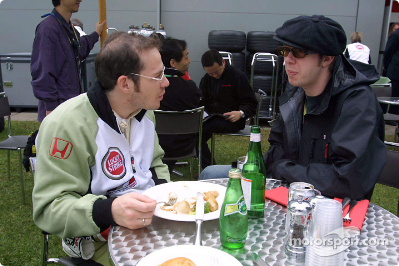 Jacques Villeneuve discussing with Chemical Brothers' Tom Rowlands