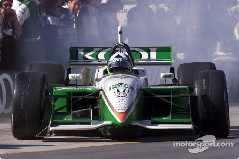 Dario Franchitti quitte les stands