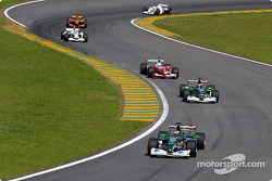 Eddie Irvine, Pedro de la Rosa and Mika Salo battling