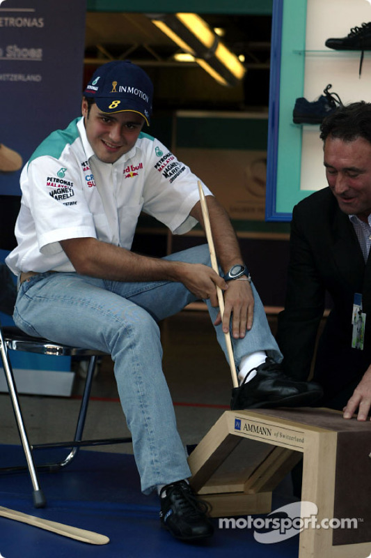 Partnership between Sauber and Ammann of Switzerland: Felipe Massa