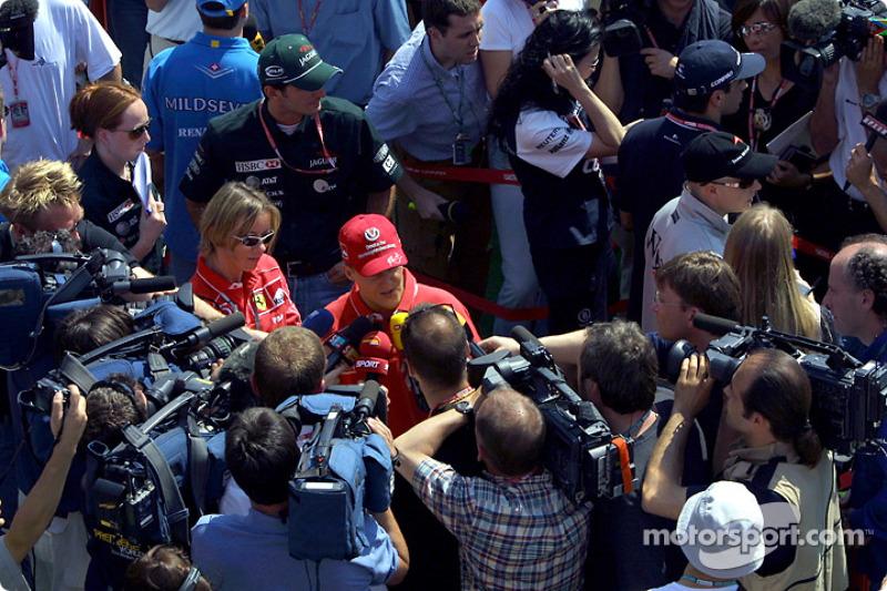 Entrevista para Michael Schumacher tras la conferencia de prensa