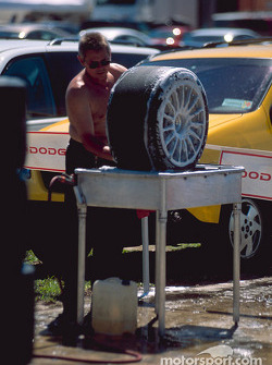 Washing the wheels