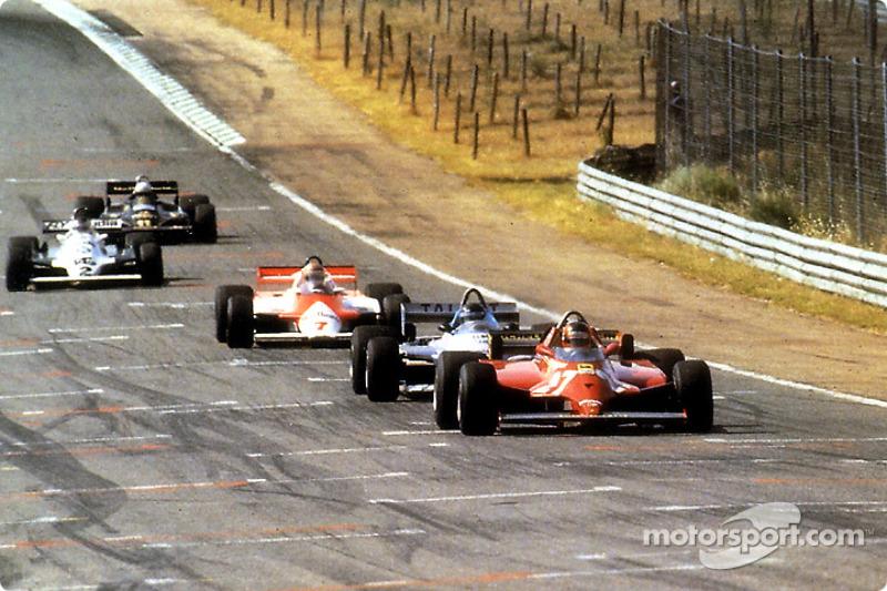 Durante 70 vueltas todos intentaron pasar a Gilles Villeneuve que nunca pudieron y Gilles retomo la carrera para ganar su 6 º y último gran premio