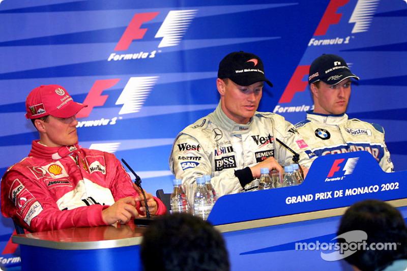 Conferencia de prensa de los ganadores: el ganador de la carrera, David Coulthard con Michael Schuma